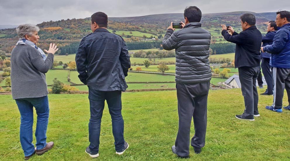 Chinese visitors to Welsh Farmhouse Apple Juice Crickhowell to learn about agri tourism